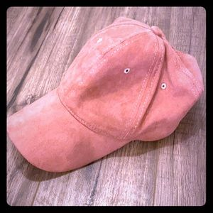 Suede baby pink hat 🧢